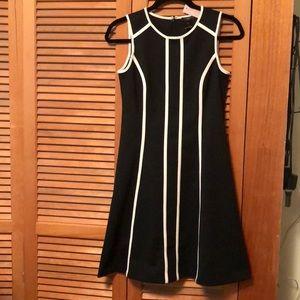 NWT Ann Taylor Black White A-Line Dress Size 0P